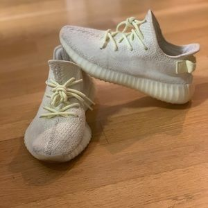 Yeezy 350 V2 Butters